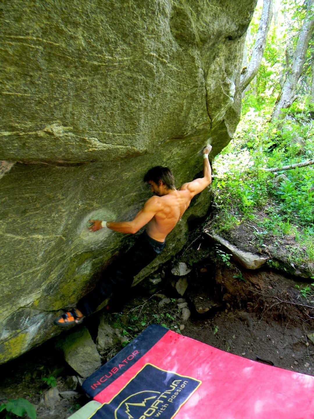 Getting better at outdoor bouldering