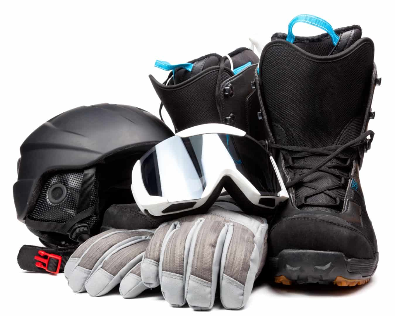 What to Wear When Snowboarding (LIST)